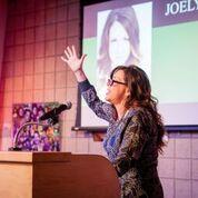 Joely Fisher Singing